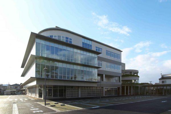 新潟市西区役所庁舎新館